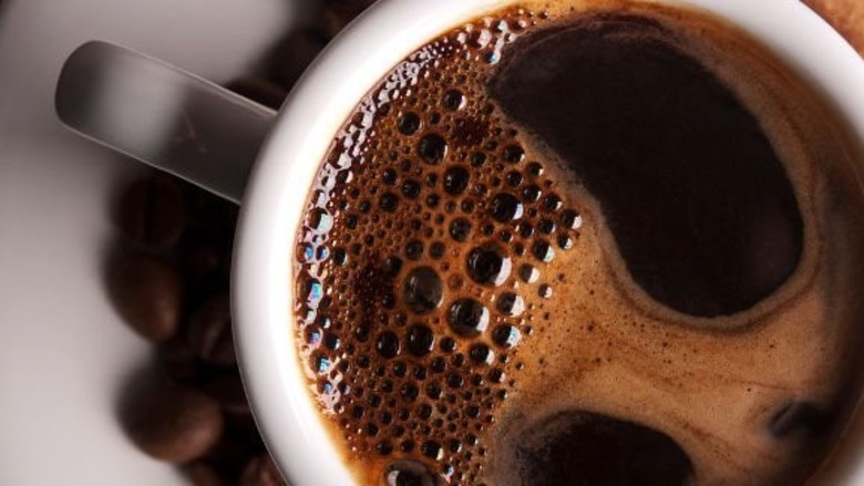 Zijn paleodieet, koffiedieet of glutenvrij schadelijk voor het gebit?