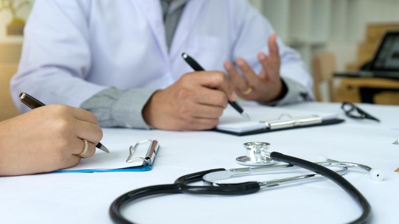 口腔保健专业人士的协同合作有助于儿童龋齿患病率的降低