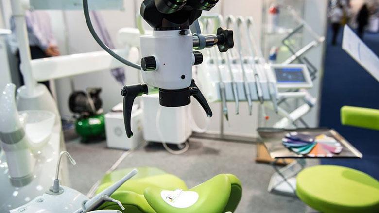 Echipamente premium și accesorii stomatologice la DENTA II!