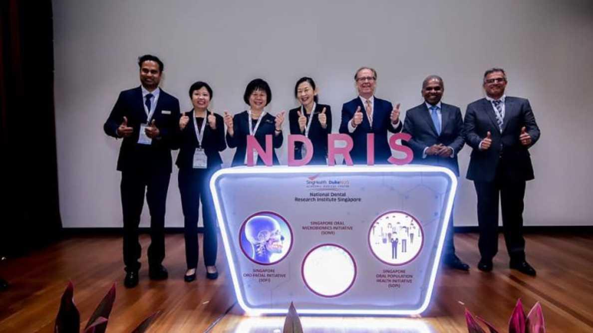 Novo centro de pesquisa odontológica instalado em Cingapura