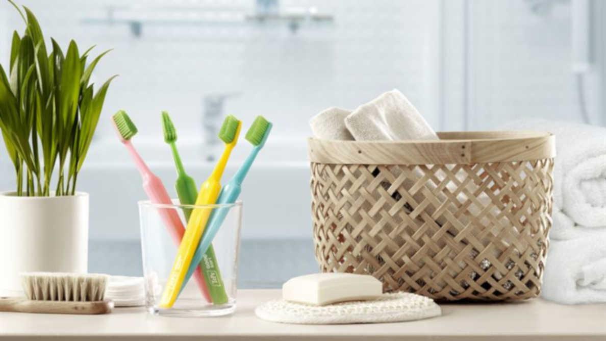 Escova de dentes TePe GOOD fica mais colorida