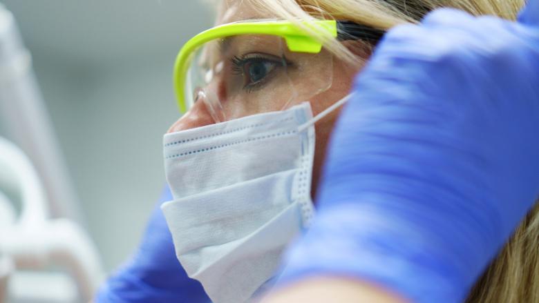 武汉大学研究人员制定对于牙医和牙科学生的新冠病毒防护指南