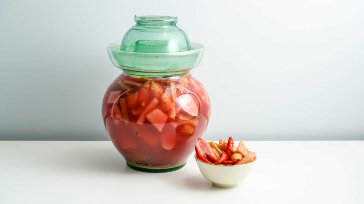 Čínská nakládaná zelenina může pomoci v prevenci zubního kazu