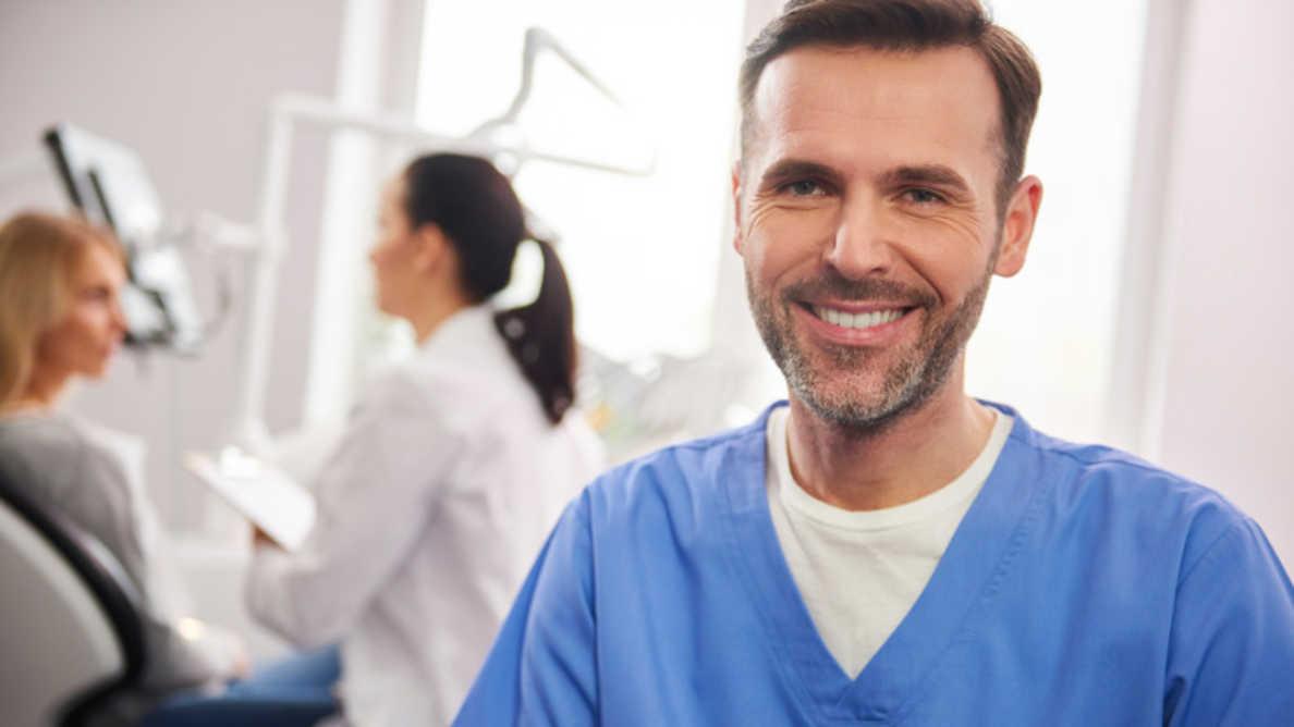 W&H lança #dentalsunited para ajudar os dentistas a voltar ao trabalho