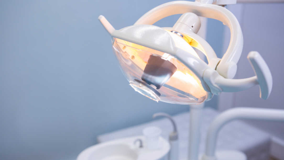 COVID-19: Istraživanje zabilježilo sveprisutni strah i anksioznost kod stomatologa širom svijeta