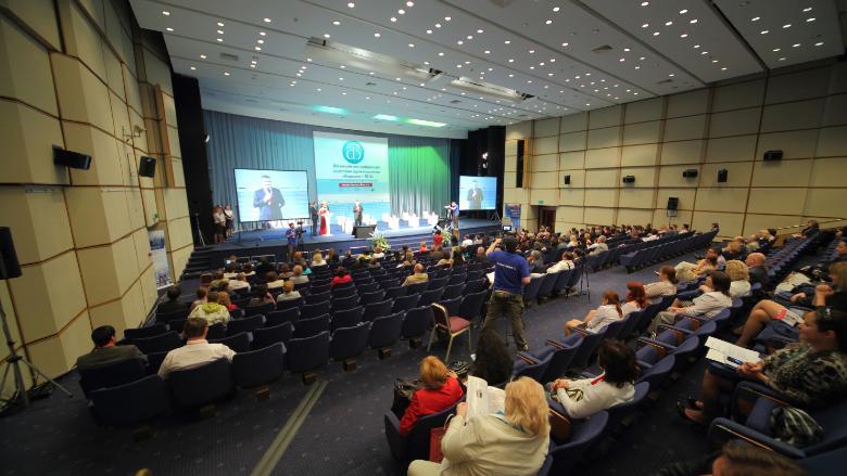 Gli eventi medico-scientifici devono ripartire per garantire l'aggiornamento