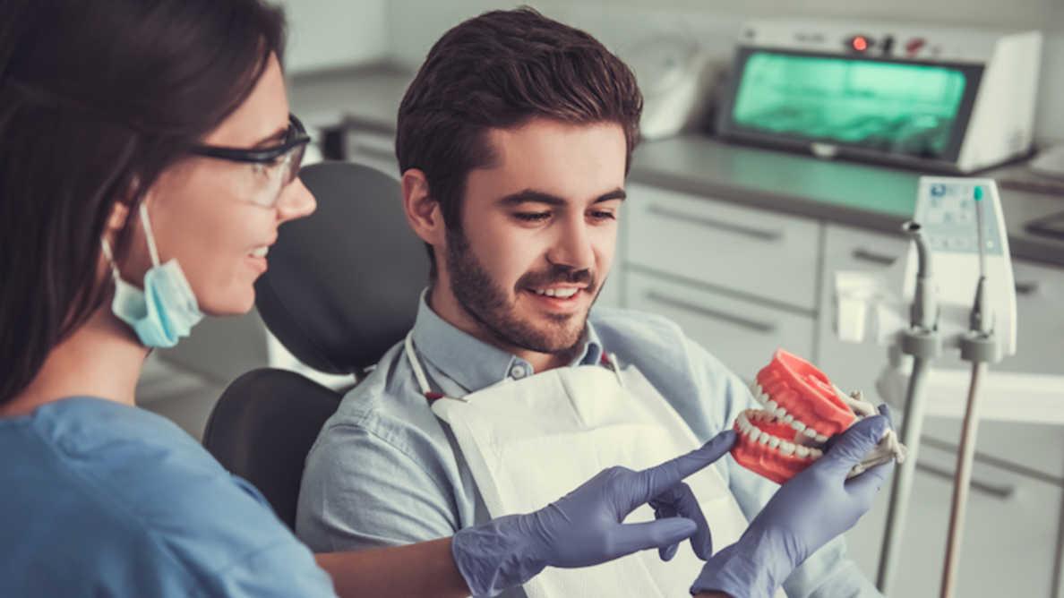Ostrzeganie pacjentów przed ryzykiem choroby wpływa na poprawę higieny jamy ustnej