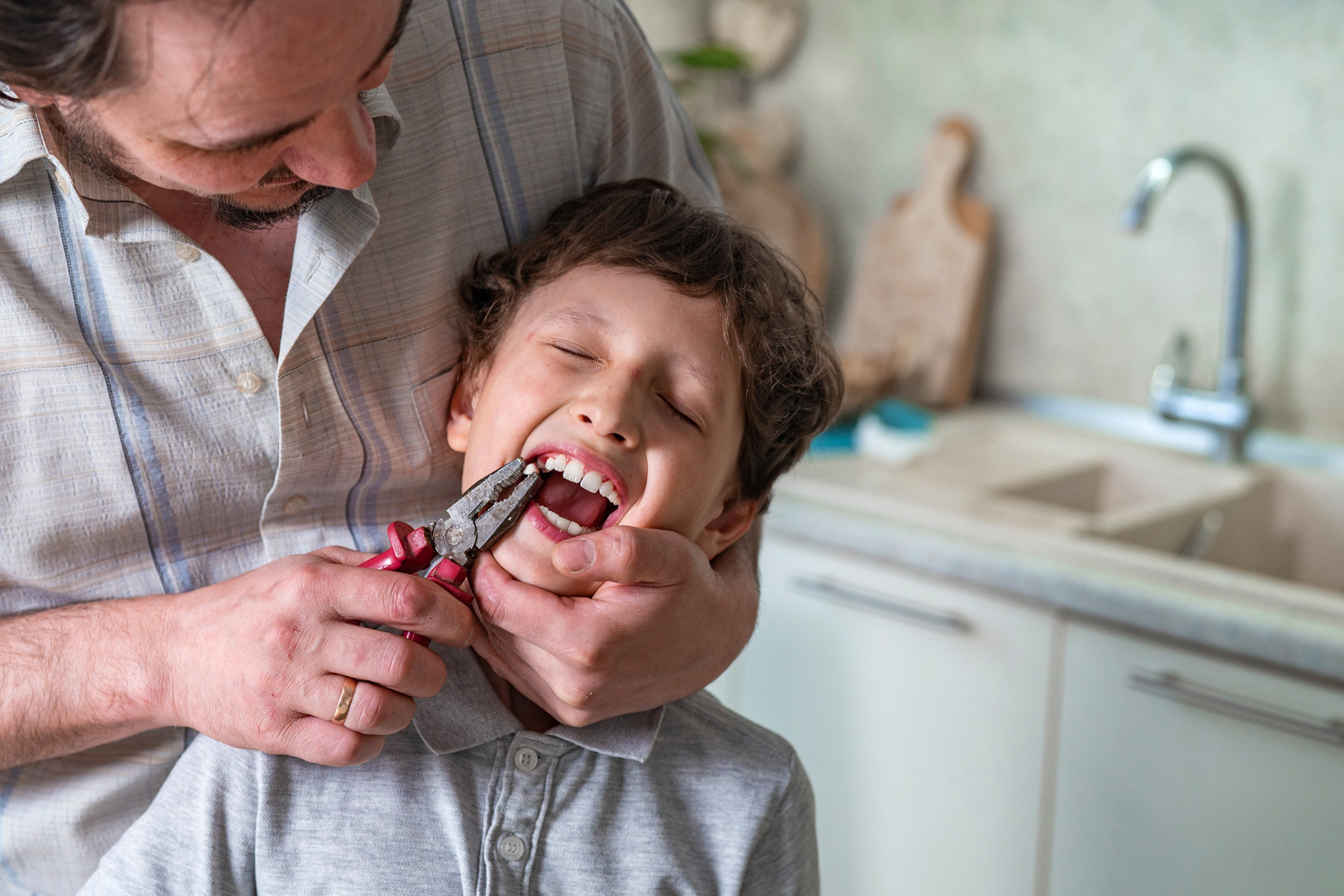 SARS-CoV-2パンデミック渦中のDIY歯科治療