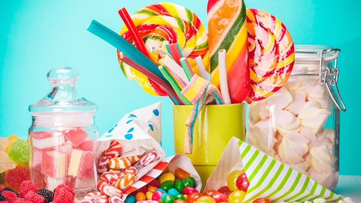 Analiza sugeruje, że wiele pokarmów może być nadmiernie słodzonych
