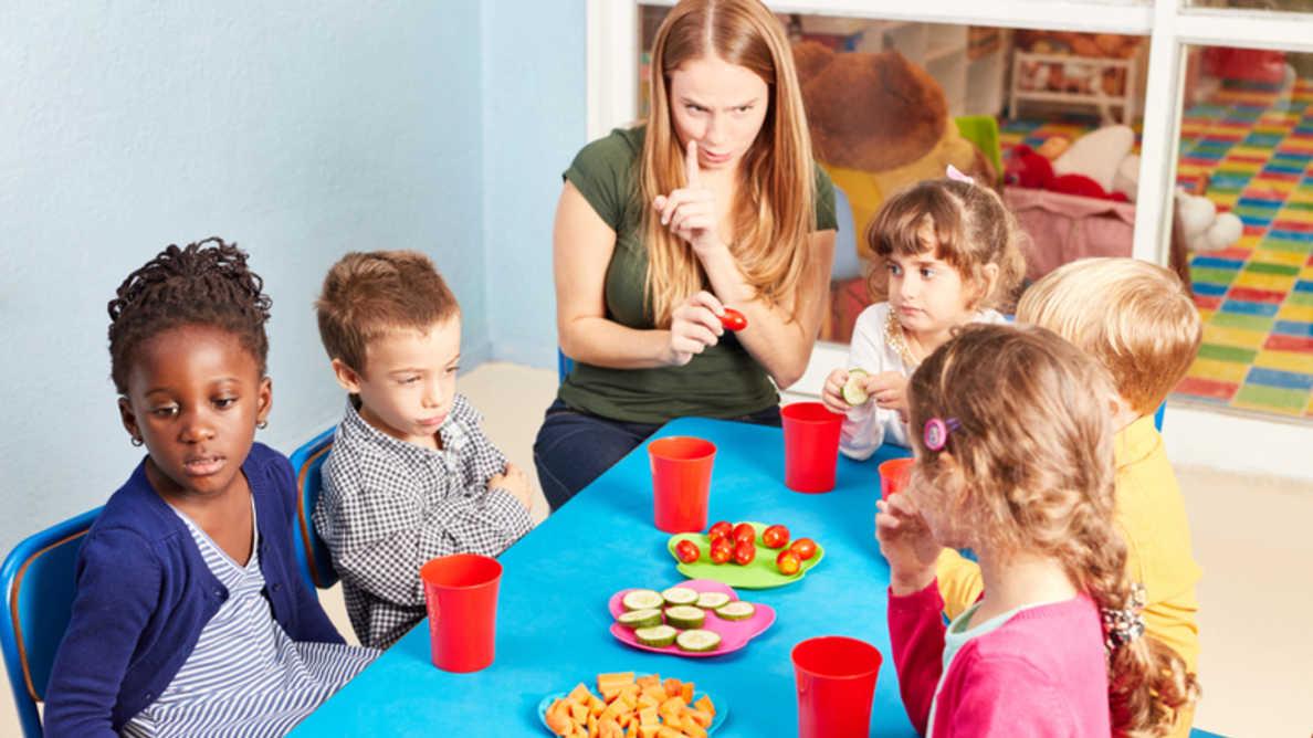 Исследование показывает что учителя играют важную роль в развитии у детей здоровых пищевых привычек