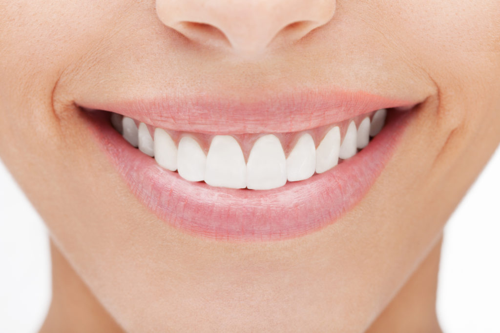 Восстановление эстетики и функций фронтальной группы зубов