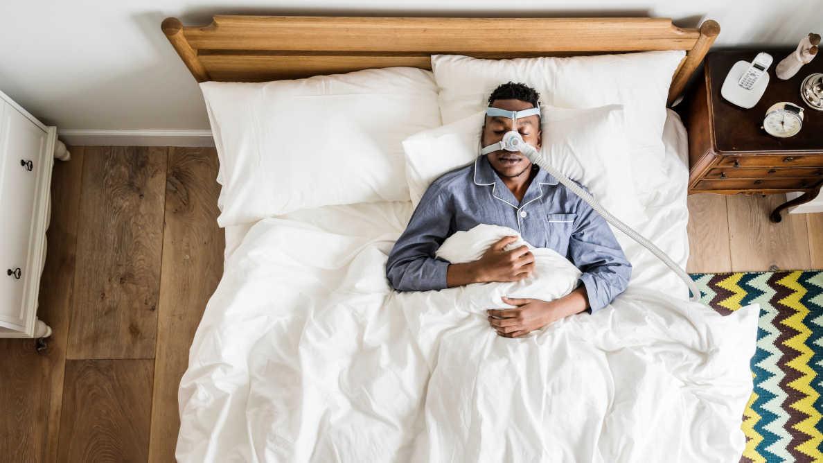 Uno  studio rivela che l'apnea ostruttiva del sonno è un fattore di rischio per il Covid-19