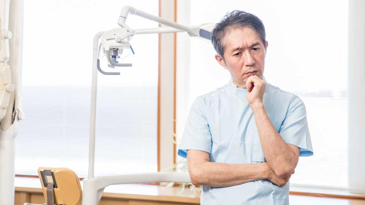 Dentistas britânicos esperam queda nos ganhos e número de pacientes em 2021