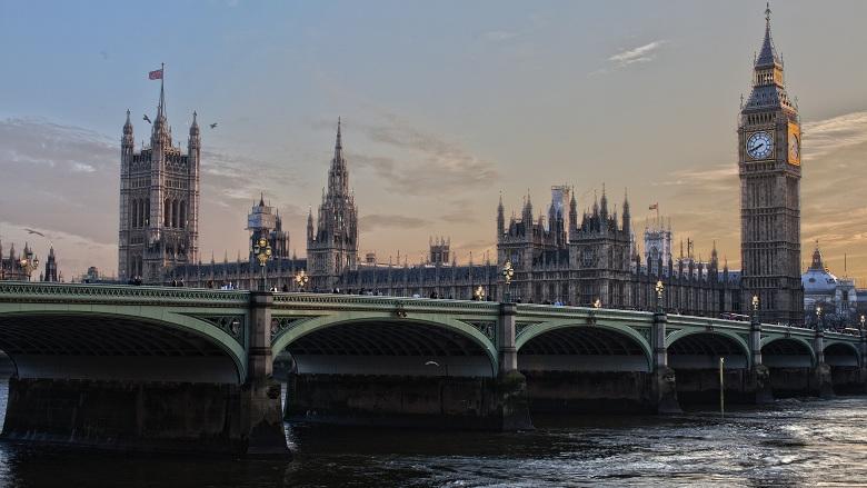 İngiltere Yetişmiş Uzmanlara Kapısını Açacak