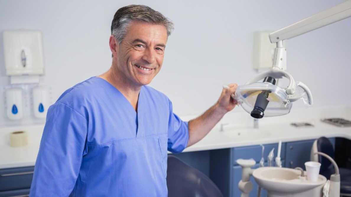 最高の仕事:歯科が2021年のトップ10入り