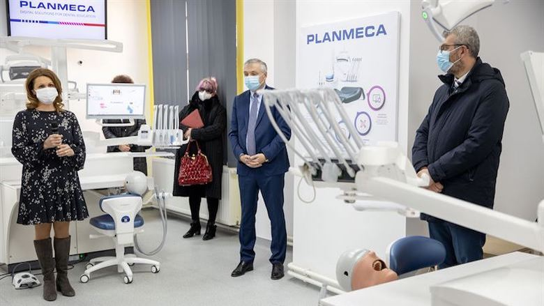 Planmeca revolutionises dental education with simulation units