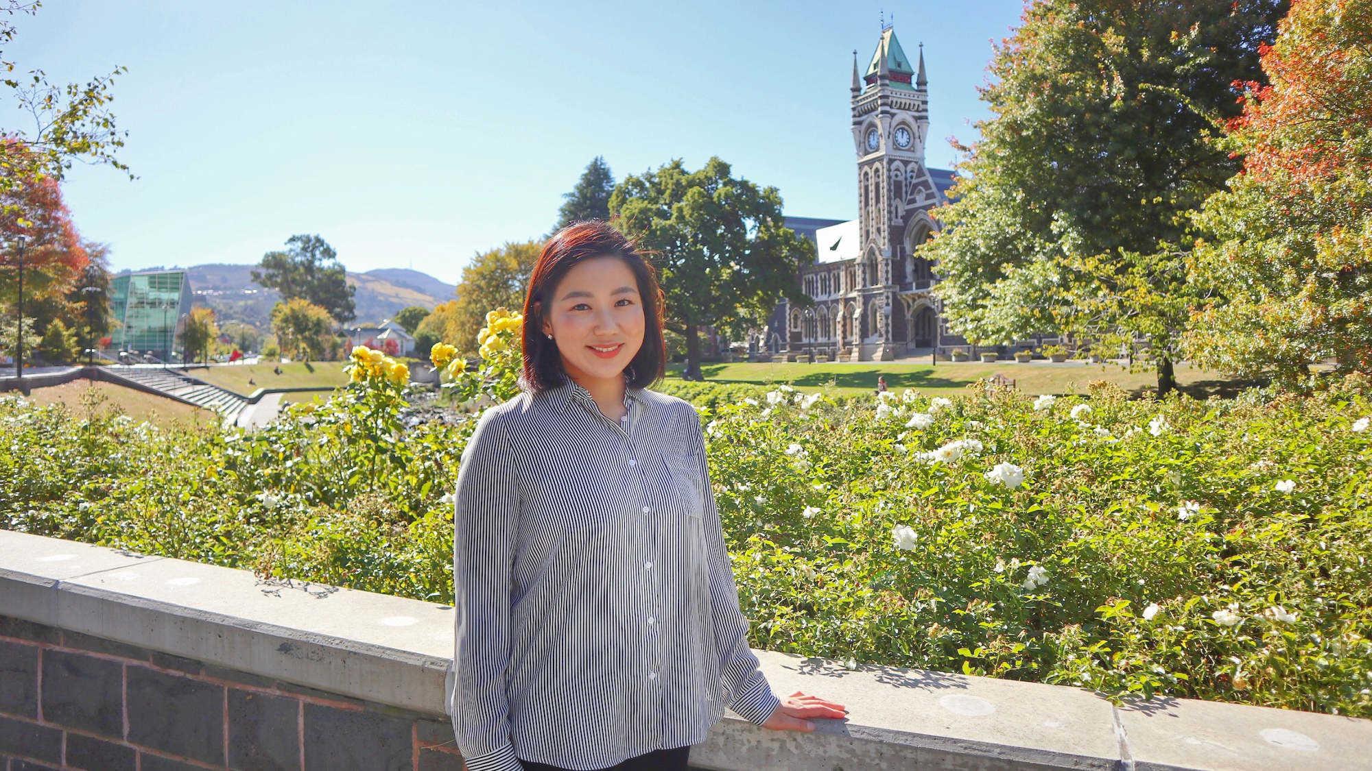 Les femmes dans l'art dentaire : rencontre avec le Dr Joanne Choi, prothésiste dentaire/chercheuse