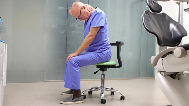 Faktori povezani sa poslom pružaoca stomatoloških usluga