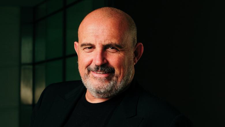 Philippe Veran, PDG du groupe Biotech Dental, nommé Chevalier de la Légion d'Honneur